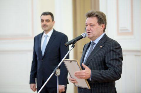 Меценаты ТГУ получили памятные награды от Эндаумент-фонда